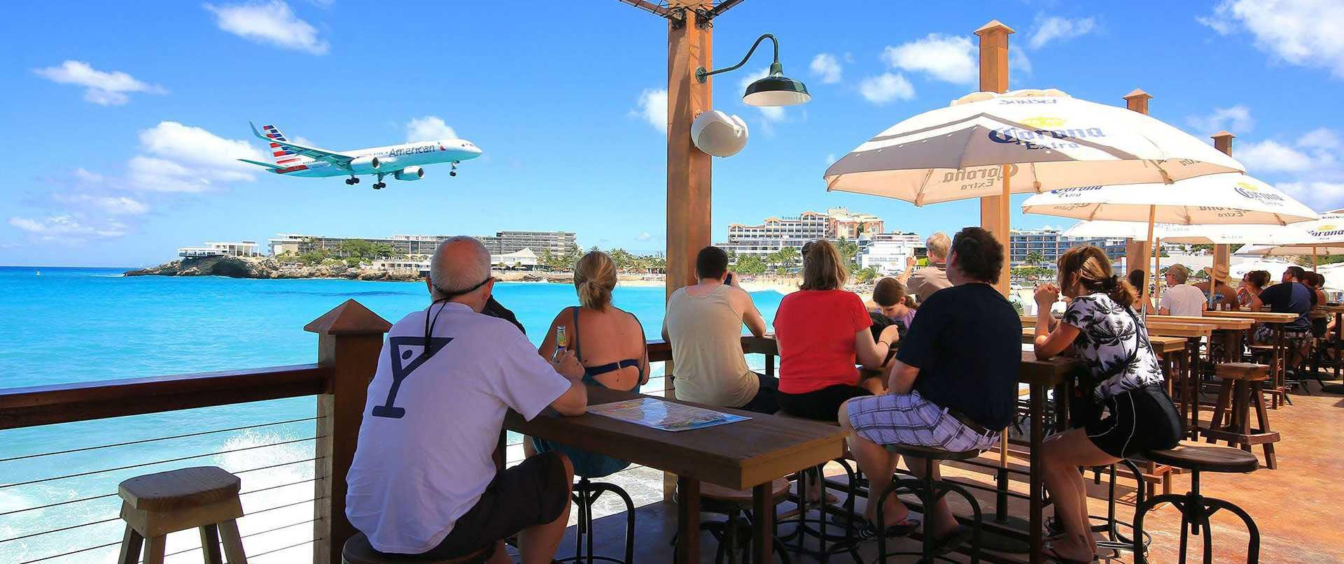Sunset Beach Bar at Alegria Resort & Spa